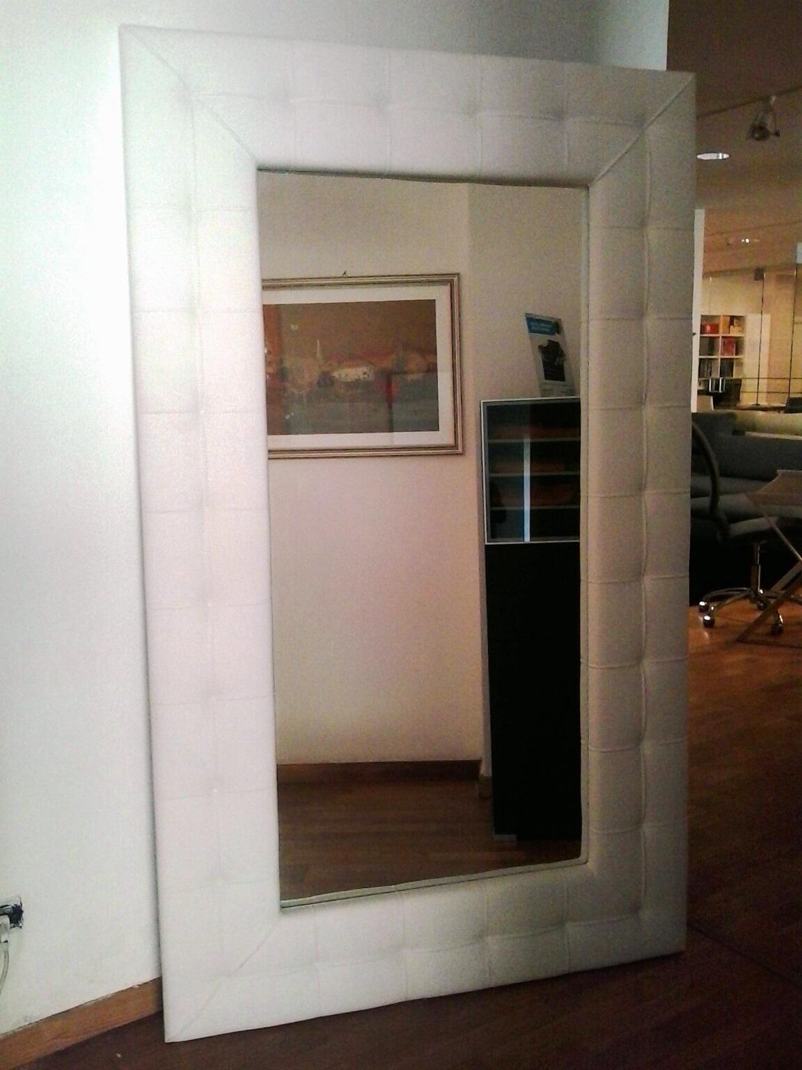 casa immobiliare accessori specchio arredamento